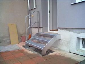 Plechové schody
